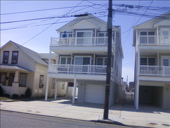 110 EAST 21ST AVENUE UNIT A - NORTH WILDWOOD SUMMER VACATION RENTALS -  Three bedroom, two bath vacation home located close to the beach and boardwalk in North Wildwood. Full kitchen has fridge, range, microwave, dishwasher, toaster and coffeemaker. Sleeps 6; queen, 2 full. Amenities include central a/c, ceiling fans, wifi, grill, and off street parking. North Wildwood Rentals, Wildwood Rentals, Wildwood Crest Rentals and Diamond Beach Rentals in all price ranges for weekly, monthly, seasonal and weekend vacation rentals plus Wildwood real estate sales of homes, condos, vacation and investment properties in and around Wildwood New Jersey. We offer over 400 properties plus exclusive vacation homes so you can book the shore rental of your choice online and guarantee your vacation at the Shore. Rent with confidence at Island Realty Group!