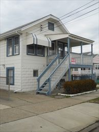 124 East 10th Avenue, North Wildwood Rentals. Adorable single family home with 3 bedrooms/1 bath. Front porch, large rear deck and yard! Traditional home has a full kitchen with range, fridge, dishwasher, microwave, icemaker,coffeemaker, and toaster. Sleeps 6; 2 queen, two twin (bunk). Amenities include; porch,deck, yard, gas grill, 2 outside showers, washer/dryer, 2 wall a/c, and 3 car off street parking. Small pets considered.