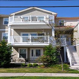 2216 SURF AVENUE #203 - NORTH WILDWOOD CONDO RENTALS - Three bedroom, two bath vacation home located beach/boardwalk block in North Wildwood. Home offers a full kitchen with range, fridge, icemaker, dishwasher, toaster, coffeemaker, and microwave. Sleeps 10; 2 queen, full/twin pyramid bunk with twin trundle,