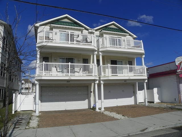 351 EAST WILDWOOD AVENUE #102 - WILDWOOD RENTALS IN WILDWOOD NEW JERSEY - Three bedroom, two bath vacation home located 100 ft to the beach and boardwalk in the heart of the island. Home offers a newly renovated kitchen with range, fridge, dishwasher, ice maker, microwave, coffeemaker and toaster. Amenities include central a/c, washer/dryer, outside shower, 3 car off street parking. Balcony offers a fantastic view of the Ferris-wheel and Friday night fireworks. Bedding includes 2 standard double beds and 2 full/twin pyramid bunks. Wildwood Rentals, North Wildwood Rentals, Wildwood Crest Rentals and Diamond Beach Rentals in all price ranges for weekly, monthly, seasonal and weekend vacation rentals plus Wildwood real estate sales of homes, condos, vacation and investment properties in and around Wildwood New Jersey. We offer over 400 properties plus exclusive vacation homes so you can book the shore rental of your choice online and guarantee your vacation at the Shore. Rent with confidence at Island Realty Group!