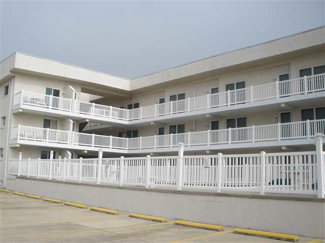 OCEAN MONARCH CONDOS - 501 East 3rd Avenue North Wildwood - Two bedroom, one bath condo located at the Ocean Monarch in North Wildwood. Condo is locatate 1/2 a block to the beach. Full kitchen has range, fridge, dishwasher, microwave, toaster, coffemaker, icemaker, and blender. Amenities include pool, central a/c, washer/dryer. Sleeps 6; queen, 2 twin, and queen sleep sofa