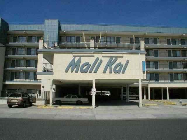 417 E 19th Avenue Mali Kai Condominiums