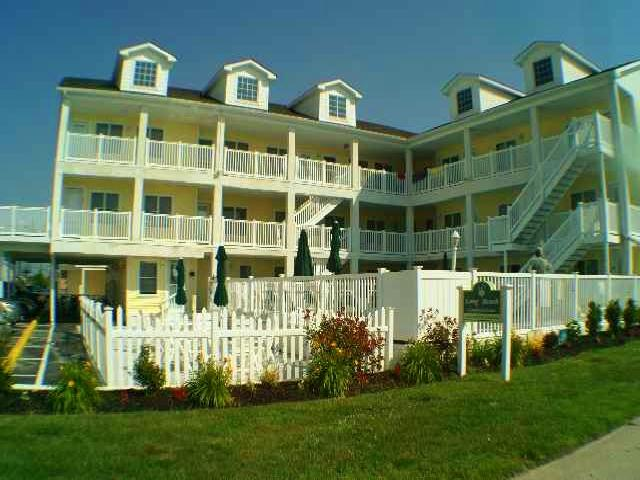Th Avenue Longbeach Condos Beachfront North Wildwood Rentals With Pools At Island
